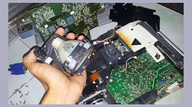 Cara Memperbaiki TV Mati Total