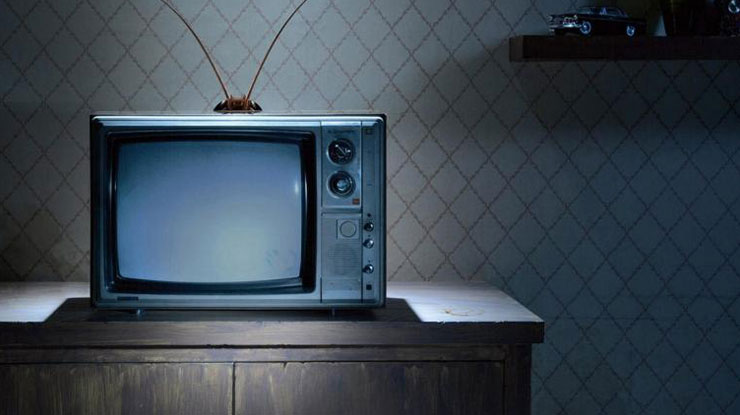 Cara Merawat TV Agar Awet