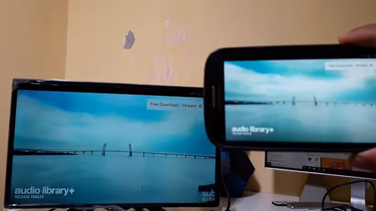 Maka secara otomatis tampilan youtube pada laptop atau ponsel akan diproyeksikan di layar TV