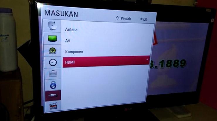 pilih input HDMI di TV
